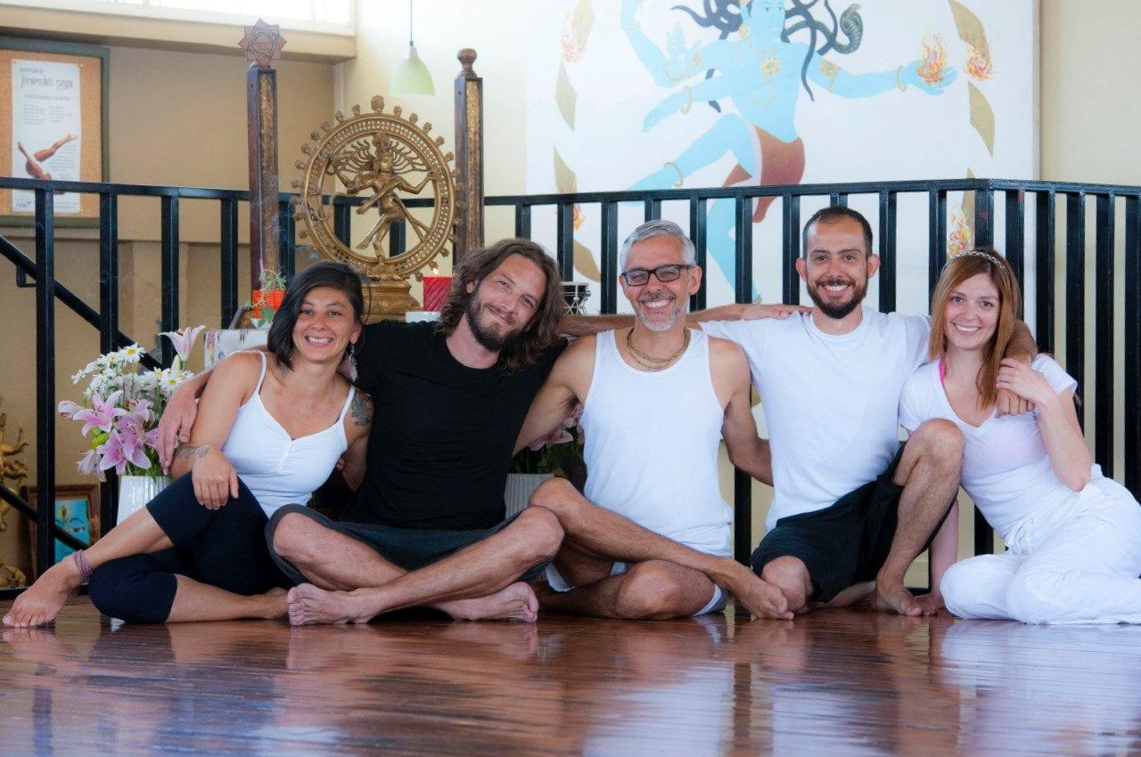 Los profes de Yoga Mandir